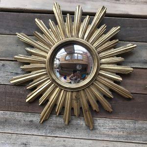 Ancien miroir soleil convexe en bois