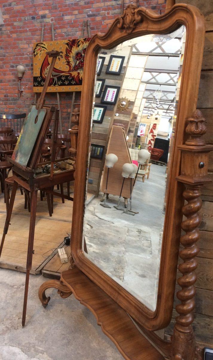 miroir psych d but 20 me nord factory. Black Bedroom Furniture Sets. Home Design Ideas
