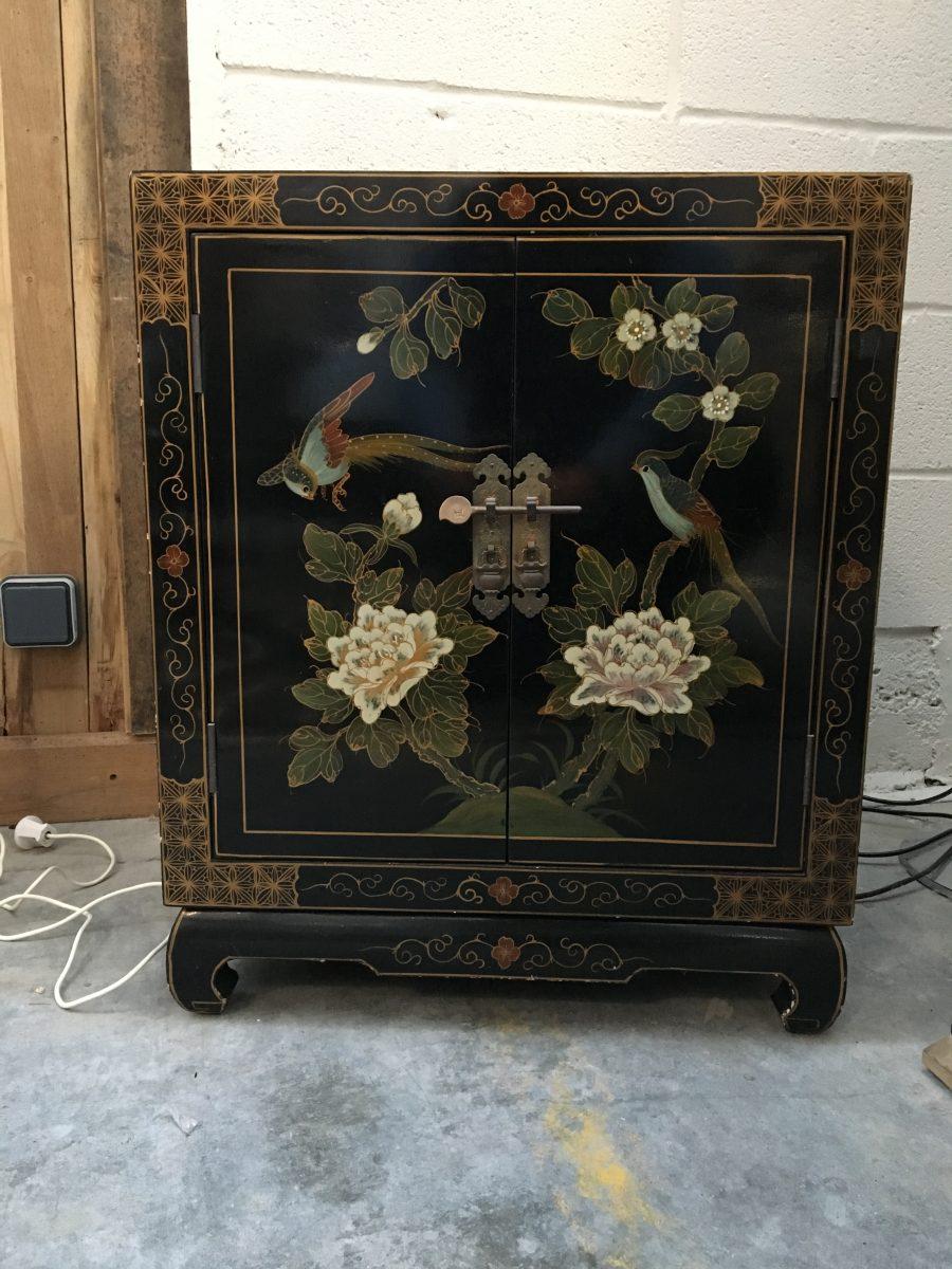 petit meuble asiatique vintage nord factory. Black Bedroom Furniture Sets. Home Design Ideas