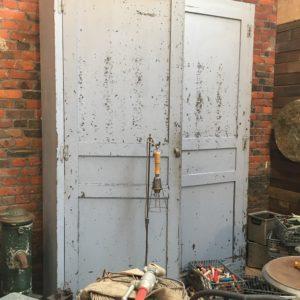 Ancienne armoire d'usine