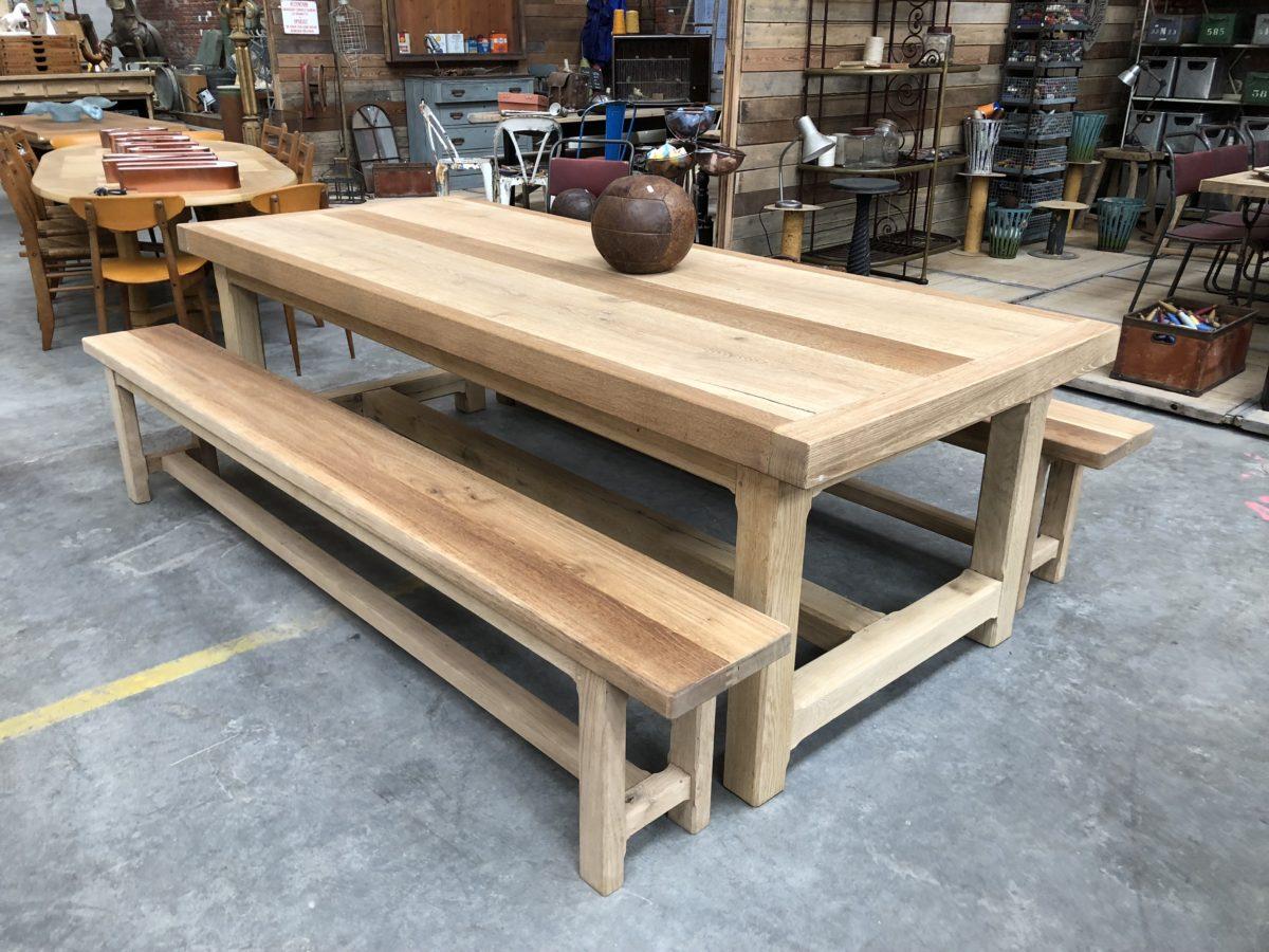 Ensemble table et bancs de ferme en chêne massif   Nord Factory
