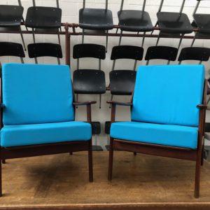Paire de fauteuils scandinaves années 60