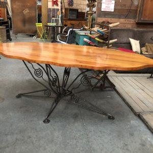 Table design créée par Rémy Pagart