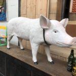 Cochon en résine taille réelle
