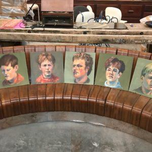 Lot de portraits d'enfants peints