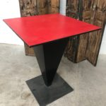 Table de bistrot en métal