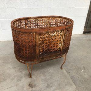 Ancien cache pots en métal