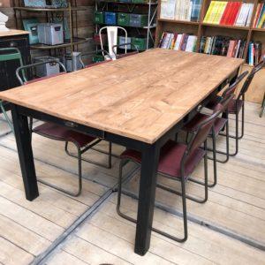 Ancienne table de communauté 6 tiroirs