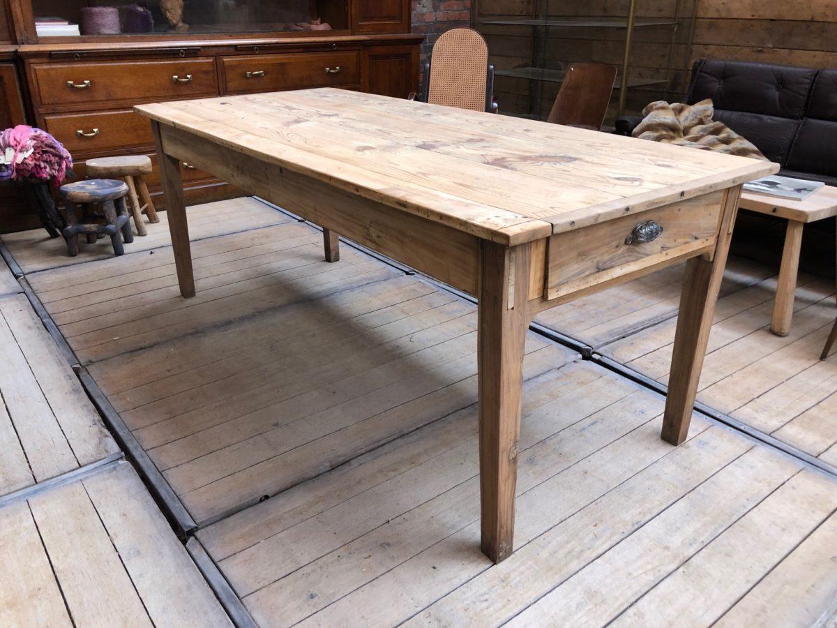 ancienne table de ferme nord factory. Black Bedroom Furniture Sets. Home Design Ideas