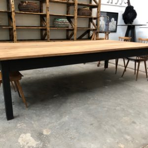 Immense table d'atelier