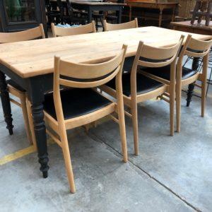 Suite de 7 chaises scandinaves