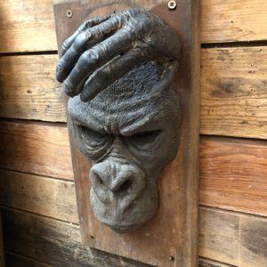 Portrait de singe réalisé par l'artiste Yves Gaumetou