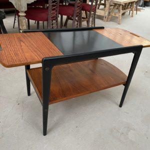 Petite table de salon années 60