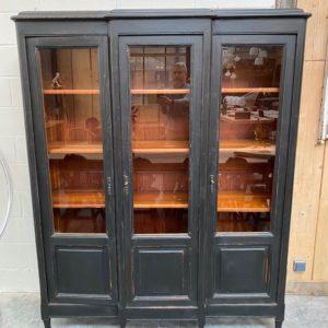 Ancienne vitrine 3 portes patinée
