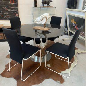 Suite de 8 chaises années 80