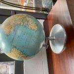Globe terrestre années 60