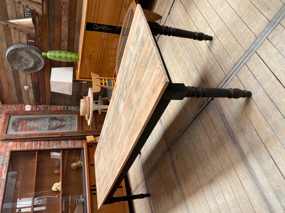 Grande table de ferme pieds tournés   Nord Factory