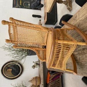 Rocking chair en osier
