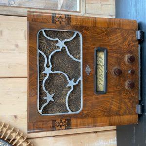 Ancien poste radio ADR