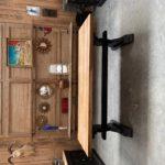 Table de monastère pieds patinés