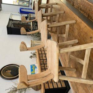 Suite de 4 chaises brutalistes