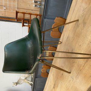 Chaise design années 70