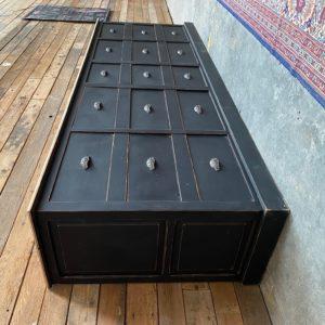 Grand meuble de métier en chêne