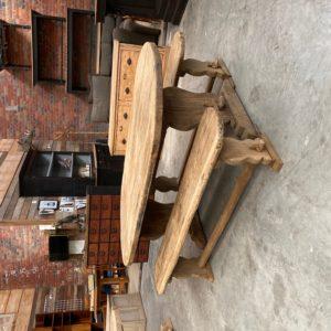 Ancienne table de ferme et ses deux bancs