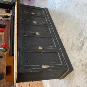 Ancien meuble d'atelier 5 portes