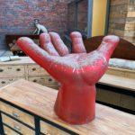 Siège main en résine