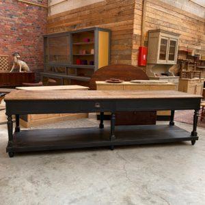 Ancienne grande table de drapier